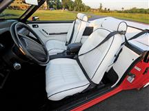 1992 MUSTANG LX CONVERTIBLE SPECIAL EDITION WHITE VINYL SPORT SEAT UPHOLSTERY WITH BLACK PIPING