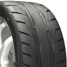 Mustang Nitto 285/40/18 NT05 R Tire (79-14)